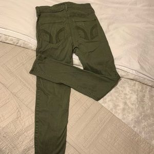 Hollister army green high waisted skinny jeans